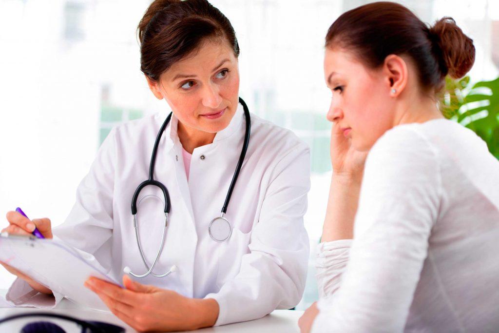 Los probióticos son muy recomendados para la prevención de la vulvovaginitis ya que permiten regenerar la flora vaginal y evitar la reaparición de la candidiasis